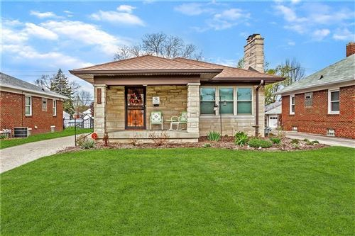 Photo of 1402 North Hawthorne Lane, Indianapolis, IN 46219 (MLS # 21714876)