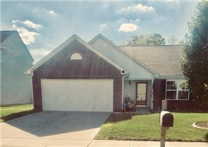 Photo of 6526 Clary, Greenwood, IN 46143 (MLS # 21658878)