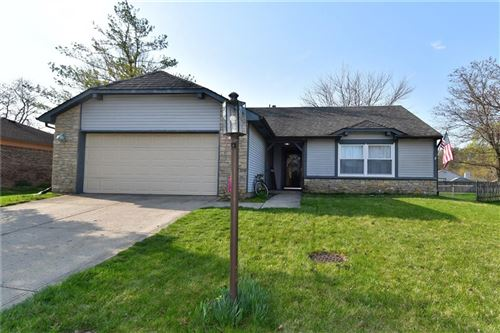 Photo of 194 Thornleigh Court, Brownsburg, IN 46112 (MLS # 21775878)
