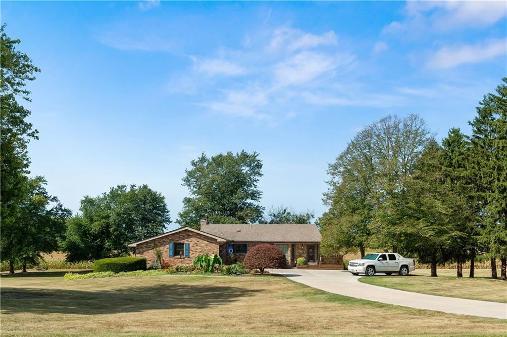 Photo of 1150 South Centerline Road, Franklin, IN 46131 (MLS # 21740878)