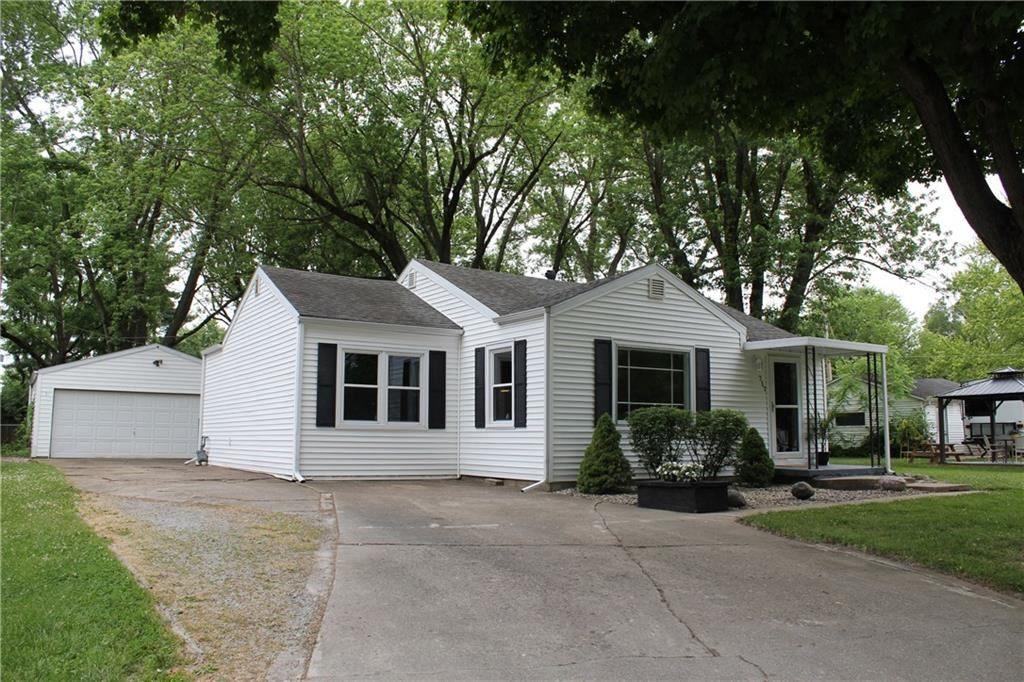 717 NORTH Street, Chesterfield, IN 46017 - #: 21719879
