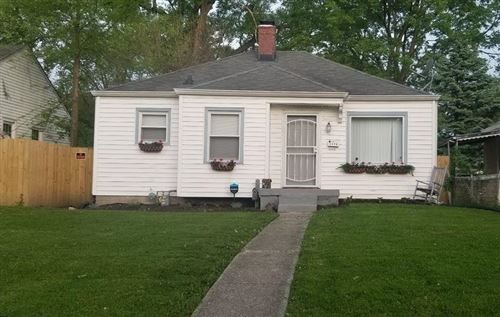 Photo of 2006 North Linwood Avenue, Indianapolis, IN 46218 (MLS # 21745880)