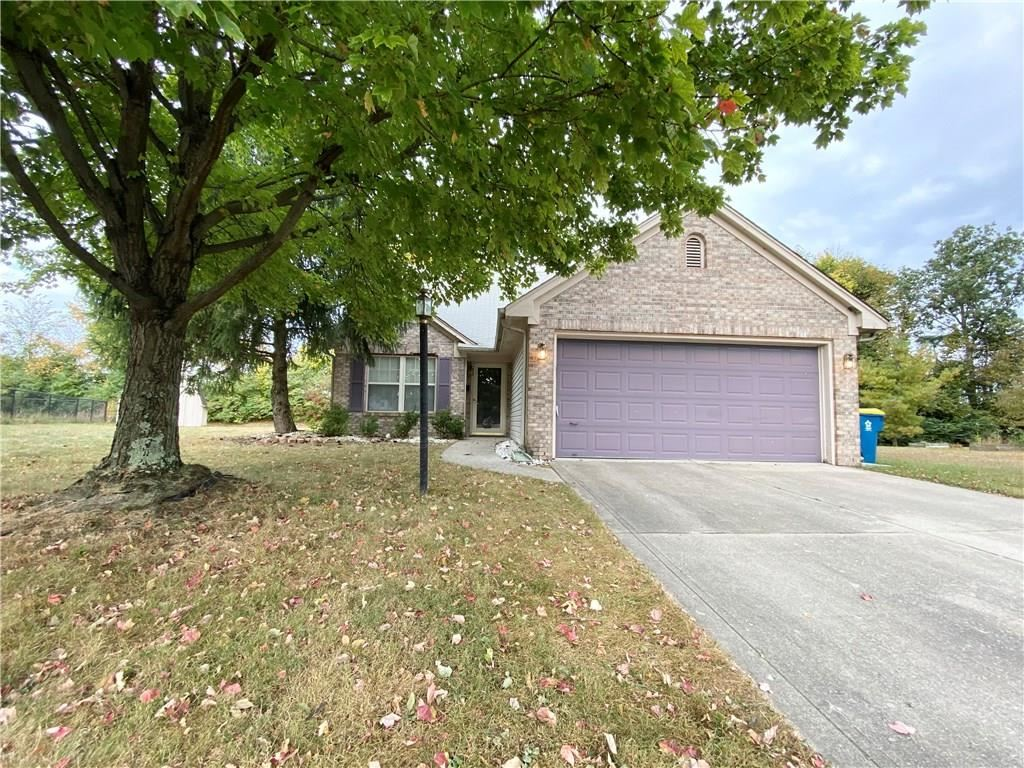 6142 Oakbay Court, Indianapolis, IN 46237 - #: 21743881