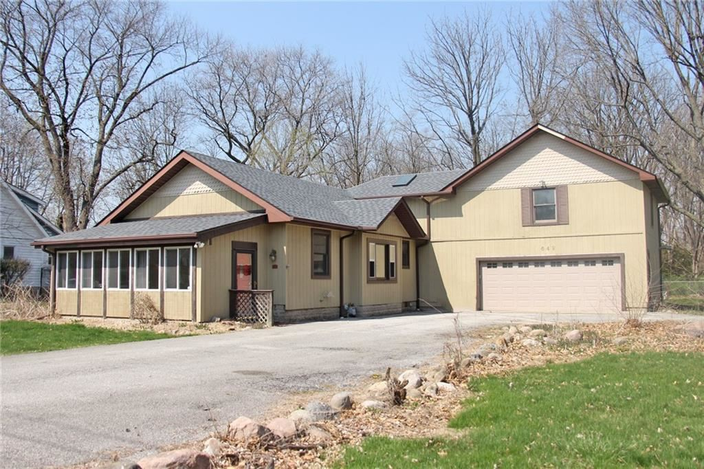 Photo of 642 East Epler Avenue, Indianapolis, IN 46227 (MLS # 21776883)
