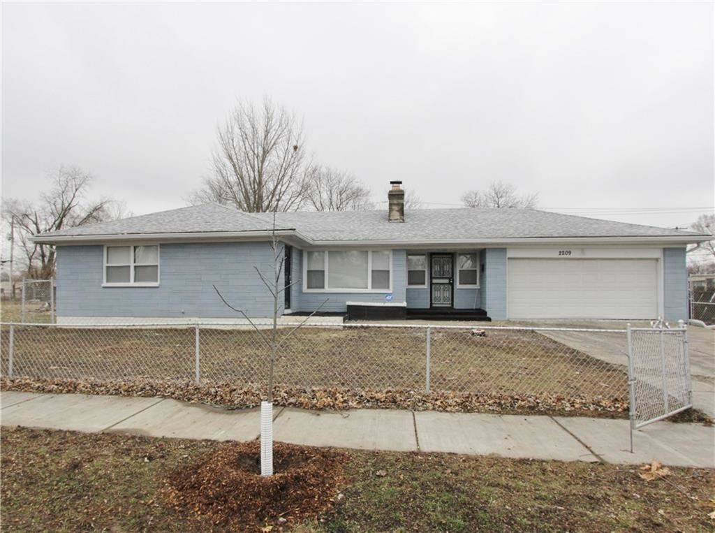 2209 Hovey Street, Indianapolis, IN 46218 - #: 21687884