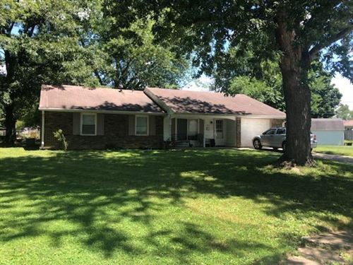 Photo of 912 Beaufain Court, Indianapolis, IN 46217 (MLS # 21729888)
