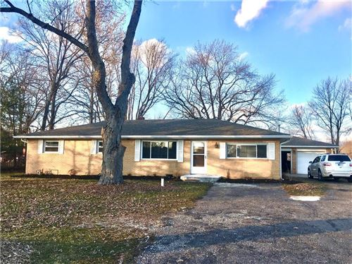 Photo of 7120 East County Road 200 North, Avon, IN 46123 (MLS # 21688889)
