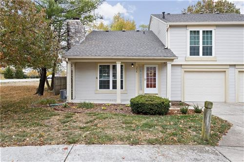 Photo of 2626 Chaseway Court, Indianapolis, IN 46268 (MLS # 21746896)
