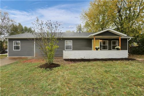 Photo of 527 Parkview Drive, New Whiteland, IN 46184 (MLS # 21748896)