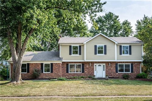 Photo of 12907 Brookshire Parkway, Carmel, IN 46033 (MLS # 21739897)