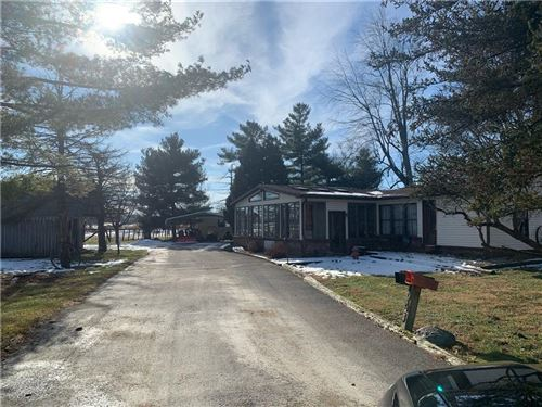 Photo of 1181 West State Road 32, Westfield, IN 46074 (MLS # 21782898)
