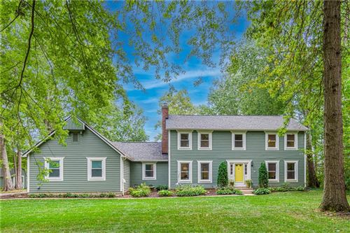 Photo of 1126 Indianpipe Lane, Zionsville, IN 46077 (MLS # 21811899)