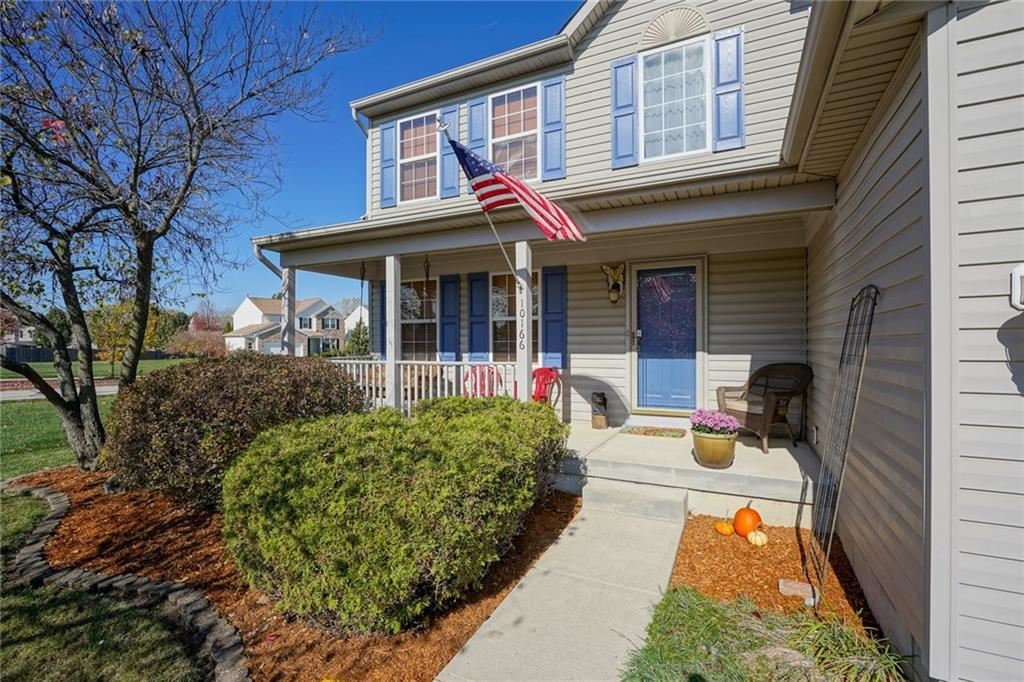 Photo of 10166 Bootham Close, Fishers, IN 46038 (MLS # 21701899)