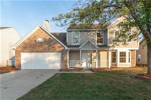 Photo of 761 Downing, Greenwood, IN 46143 (MLS # 21672902)