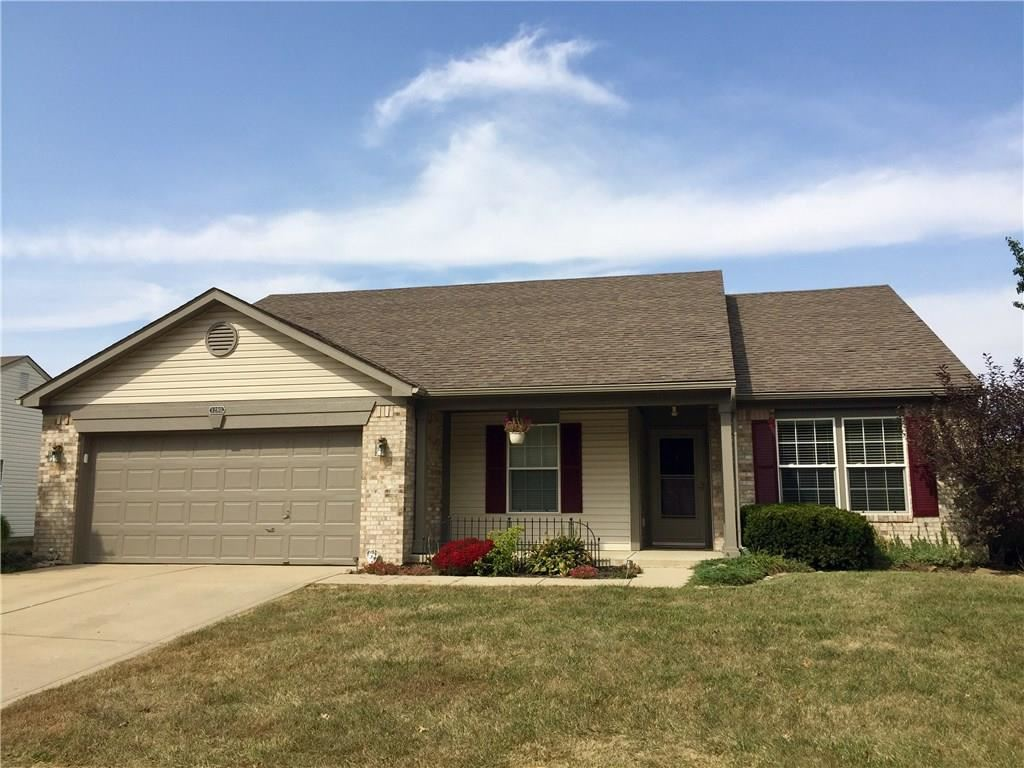 Photo of 1280 SHERWOOD Drive, Danville, IN 46122 (MLS # 21740909)