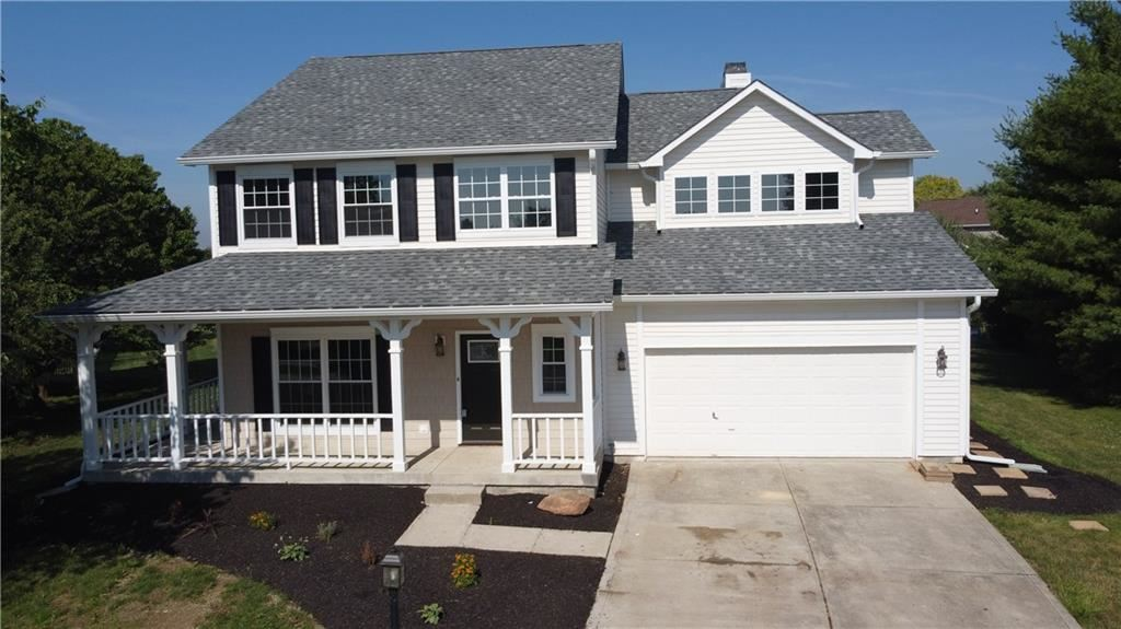 Photo of 5540 Homestead Court, Plainfield, IN 46168 (MLS # 21722917)