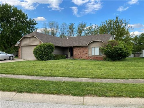 Photo of 114 Hickorywood Court, Brownsburg, IN 46112 (MLS # 21711919)