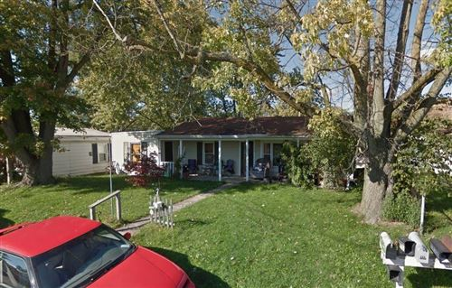 Photo of 942 Walnut, Greenfield, IN 46140 (MLS # 21651920)