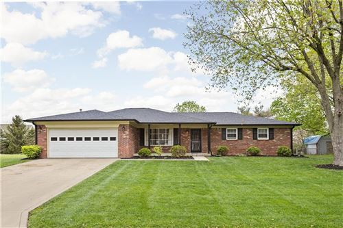 Photo of 7863 Hickory Road, Brownsburg, IN 46112 (MLS # 21783924)
