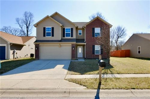 Photo of 151 MERIDIAN GARDEN Lane, Indianapolis, IN 46217 (MLS # 21696925)
