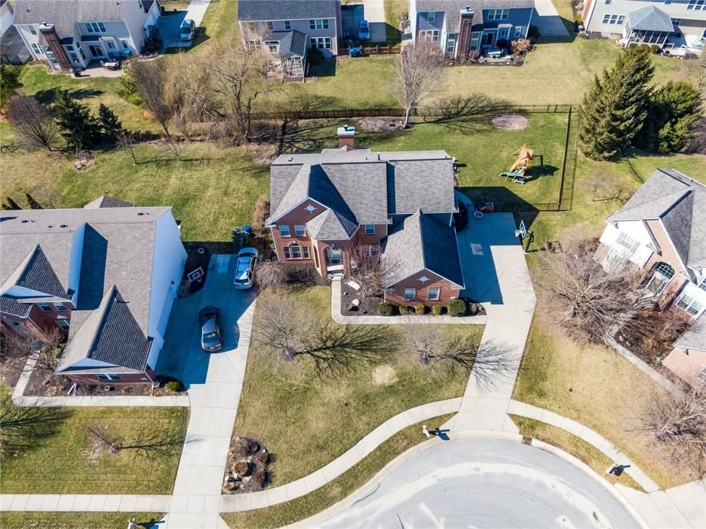 Photo of 12068 Red Hawk Drive, Fishers, IN 46037 (MLS # 21695933)