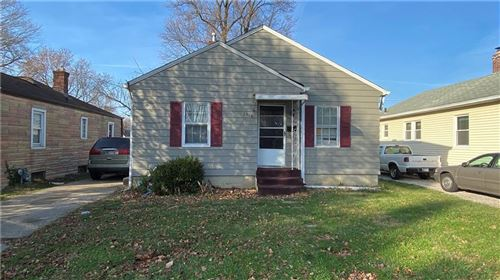 Photo of 1710 Winfield Avenue, Indianapolis, IN 46222 (MLS # 21762934)