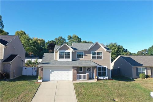 Photo of 50 Meridian Gardens Lane, Indianapolis, IN 46227 (MLS # 21739935)