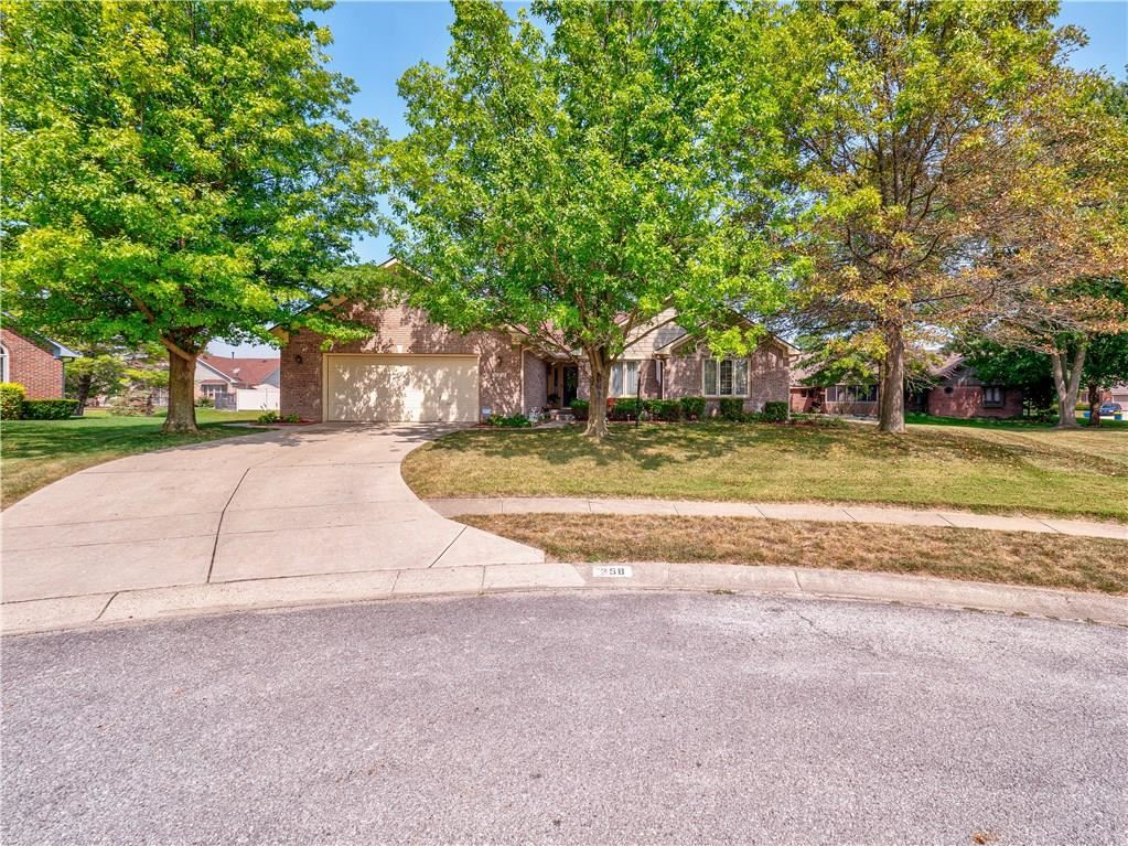 358 Country Woods Drive, Indianapolis, IN 46217 - #: 21738935