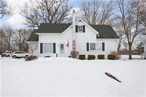 Photo of 11301 East 300 South, Zionsville, IN 46077 (MLS # 21767937)