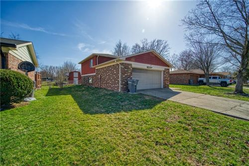 Photo of 3331 IVORY Way, Indianapolis, IN 46227 (MLS # 21774937)