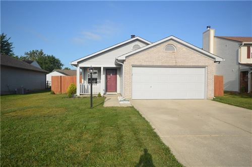 Photo of 208 Harts Ford, Brownsburg, IN 46112 (MLS # 21736942)