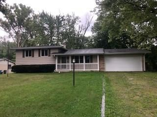 Photo of 9861 Woodbriar Lane, Indianapolis, IN 46280 (MLS # 21735943)