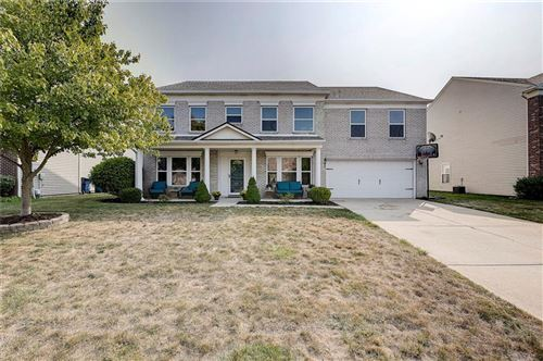 Photo of 5805 North Attleburg Drive, McCordsville, IN 46055 (MLS # 21740944)