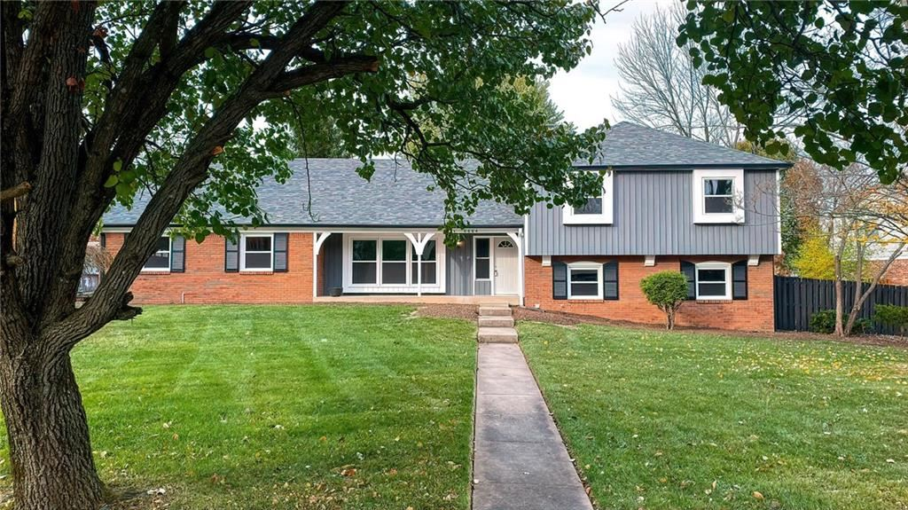 6664 Lowanna Way, Indianapolis, IN 46220 - #: 21679944