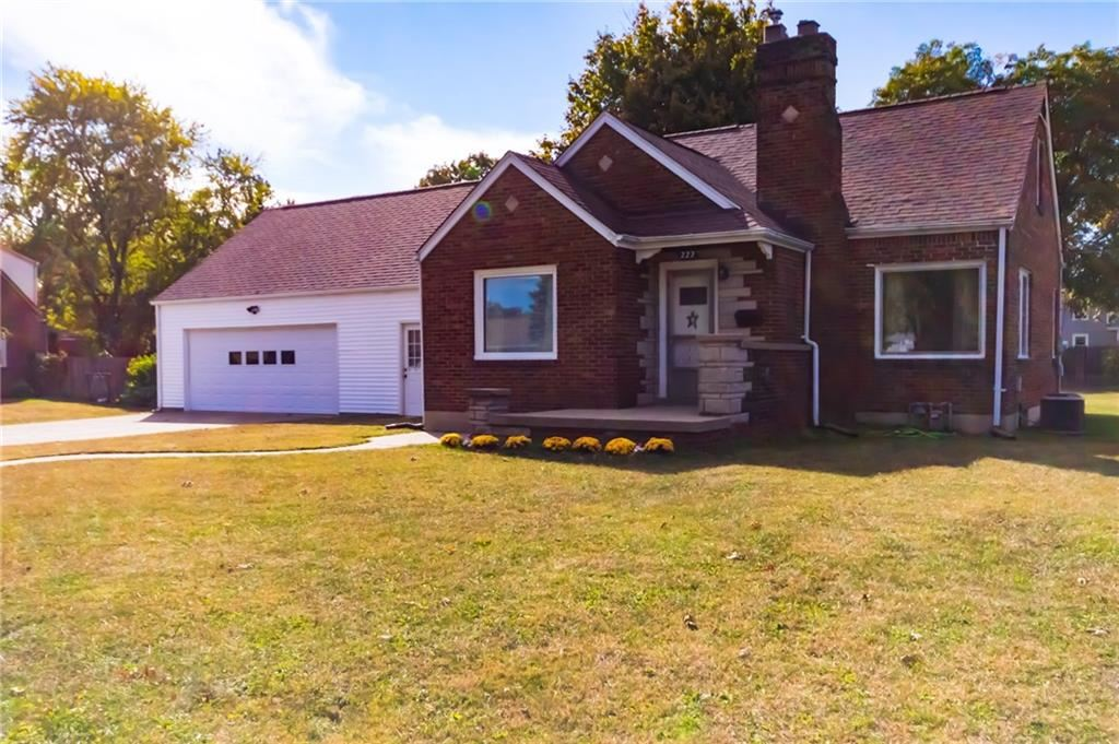222 South Coovert Street, Columbus, IN 47201 - #: 21744949