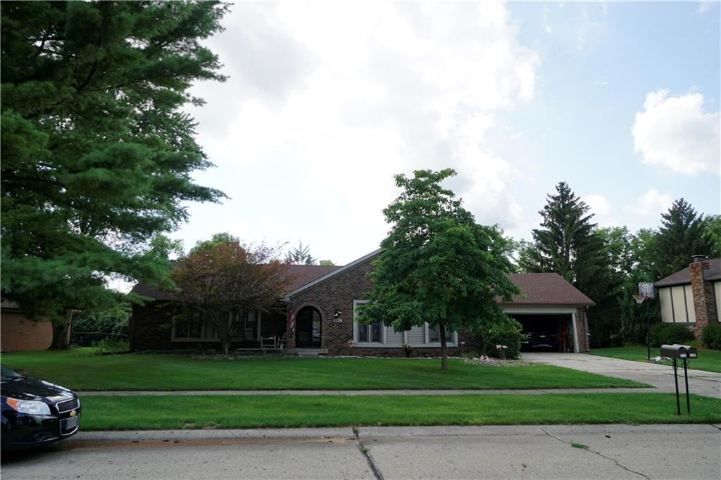 1126 WATERFORD Drive, Greenwood, IN 46142 - #: 21730952