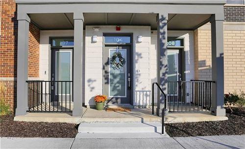 Photo of 727 Illinois Street #104, Indianapolis, IN 46204 (MLS # 21749955)