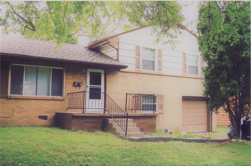 6107 East 40th Street, Indianapolis, IN 46226 - #: 21618958
