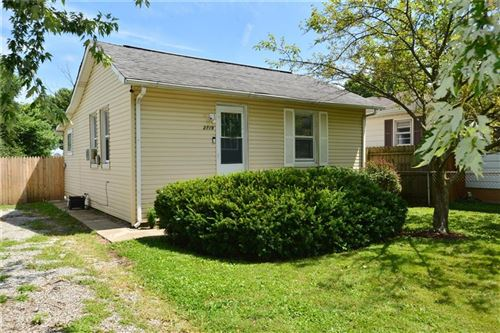 Photo of 2719 Mars Hill Street, Indianapolis, IN 46241 (MLS # 21731960)