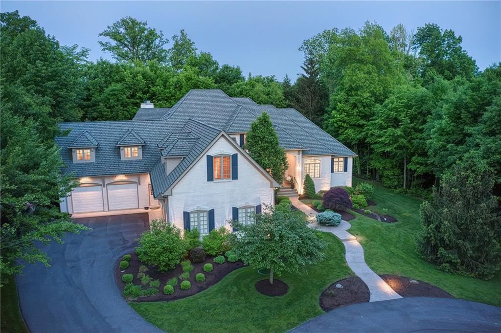 Photo of 10805 Club Point Drive, Fishers, IN 46037 (MLS # 21642960)
