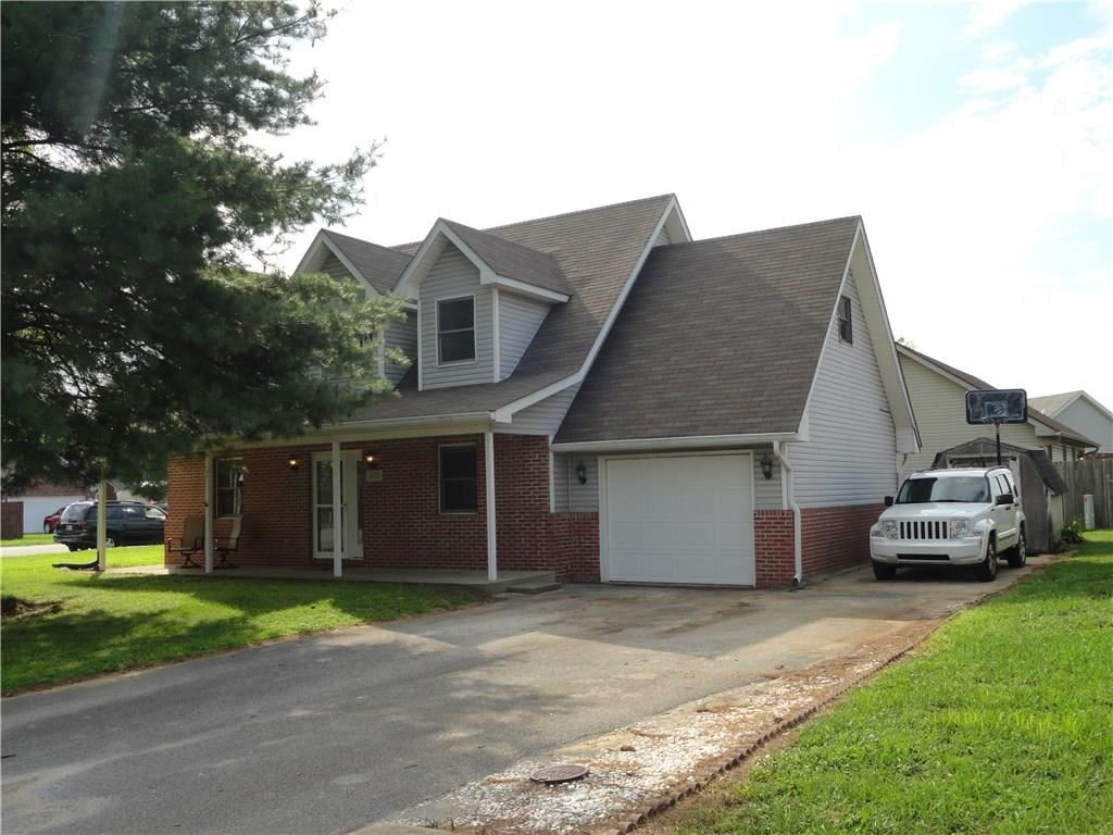 1613 VICTOR Drive, Martinsville, IN 46151 - #: 21731962