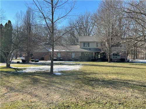 Photo of 4206 Maple Hill Drive, Greenwood, IN 46143 (MLS # 21760965)