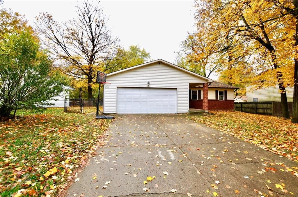 3221 TEMPE Drive, Indianapolis, IN 46241 - #: 21678969