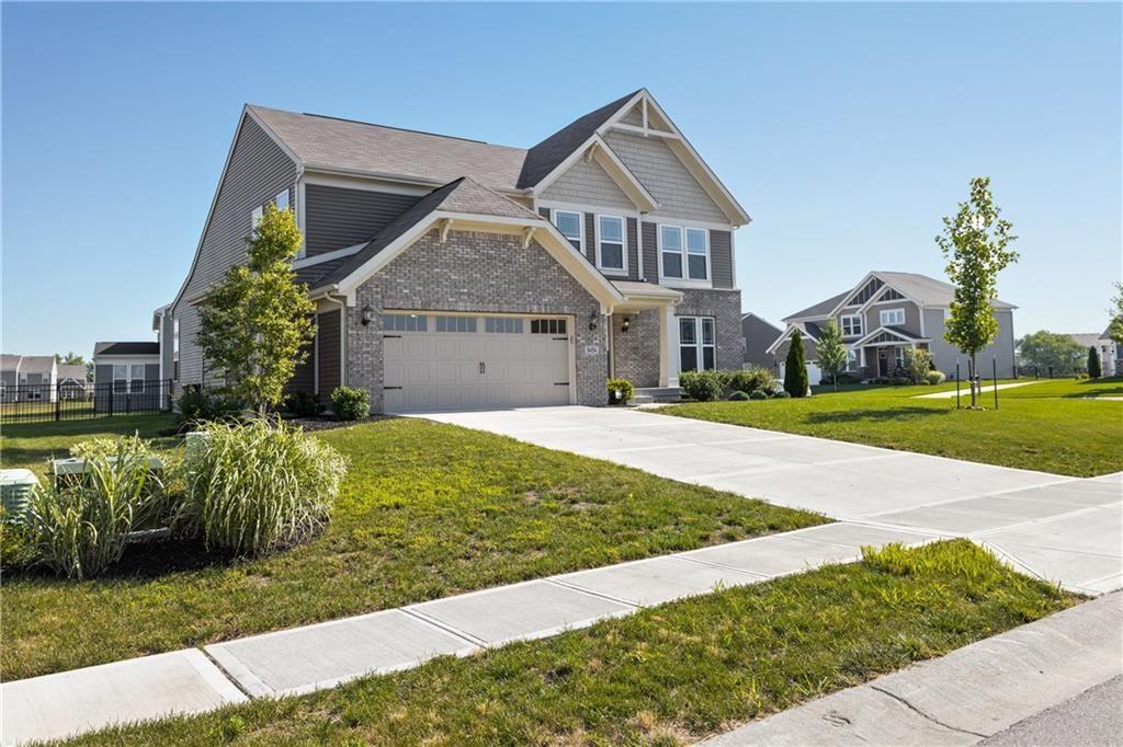 Photo of 8454 Brookhaven Lane, Avon, IN 46123 (MLS # 21722969)