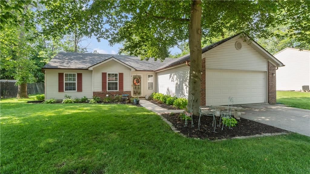 11365 CHERRY TREE Way, Indianapolis, IN 46235 - #: 21722971