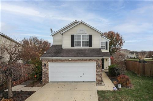 Photo of 2607 Dawnlake Drive, Indianapolis, IN 46217 (MLS # 21754972)