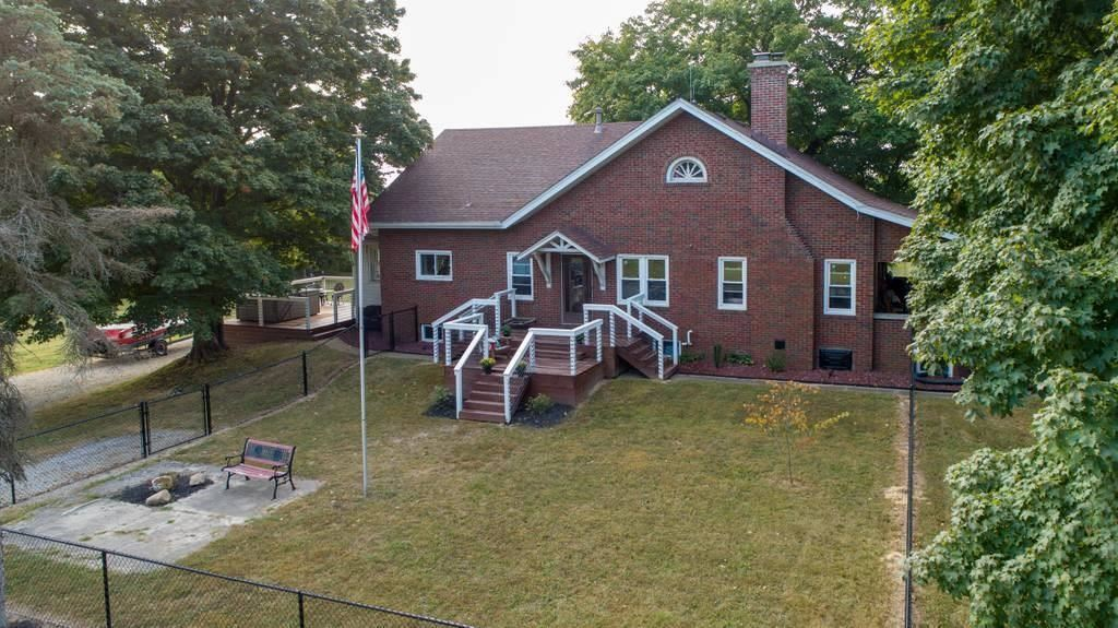 Photo of 4967 South State Road 39, Clayton, IN 46118 (MLS # 21739972)