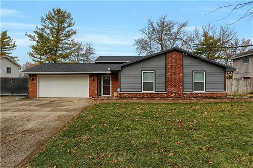 Photo of 9424 East 25th Street, Indianapolis, IN 46229 (MLS # 21754976)