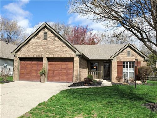 Photo of 11487 CHARLESTON Parkway, Fishers, IN 46038 (MLS # 21702977)