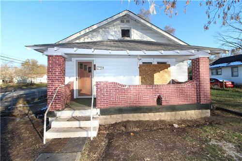 Photo of 3201 South Lockburn Street, Indianapolis, IN 46221 (MLS # 21681982)